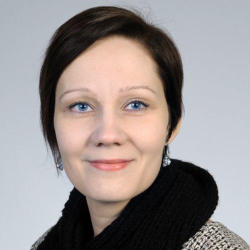 1. Carousel image of person  Katja Hyvärinen (katja.hyvarinen@uef.fi)