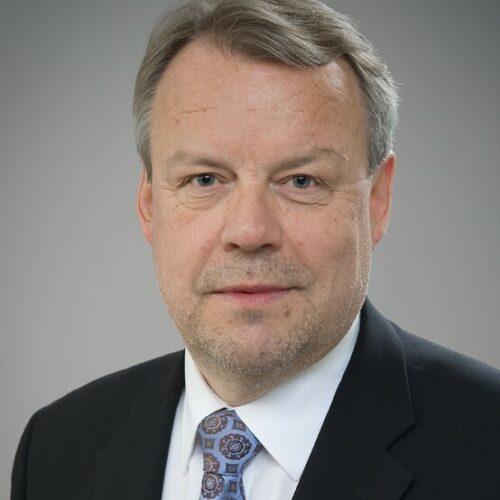 1. henkilön kuva Kimmo Räsänen (kimmo.rasanen@uef.fi)