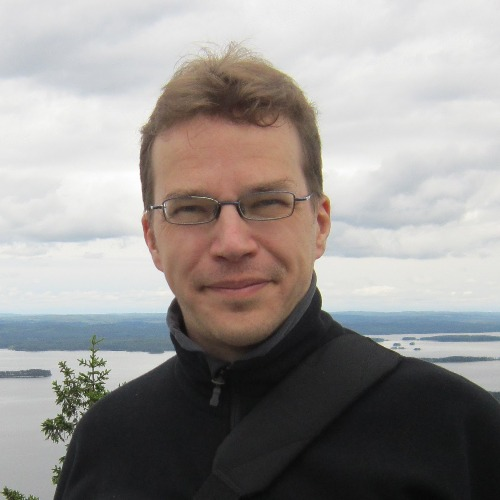 1. Carousel image of person  Ville Hautamäki (ville.hautamaki@uef.fi)