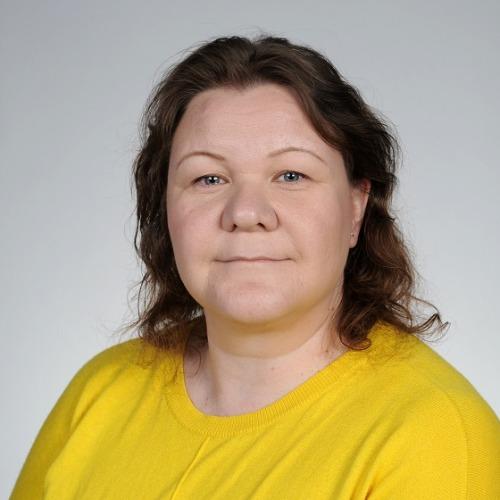 1. Carousel image of person  Riikka Hirvonen (riikka.hirvonen@uef.fi)