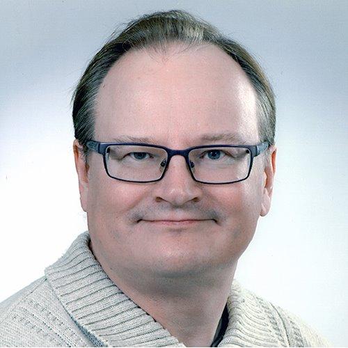 1. Carousel image of person  Tuomo Keinänen (tuomo.keinanen@uef.fi)