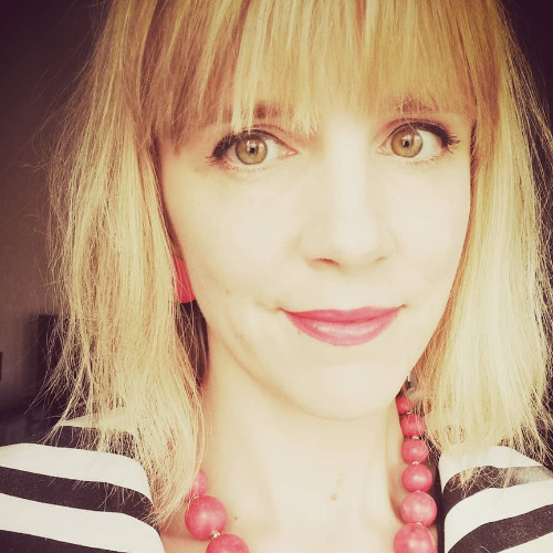 1. Carousel image of person  Annemari Heinonen (annemari.heinonen@uef.fi)