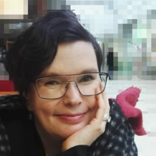 1. Carousel image of person  Johanna Uotinen (johanna.uotinen@uef.fi)