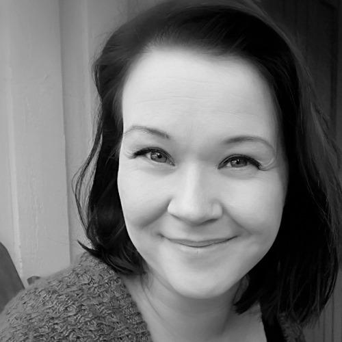 1. Carousel image of person  Jenni Peltonen (jenni.peltonen@uef.fi)