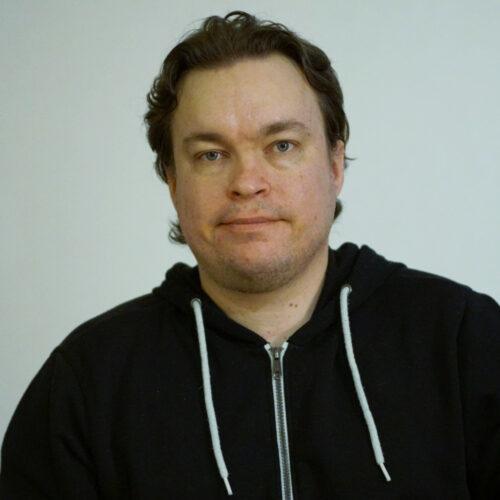 1. Carousel image of person  Markku Pekkarinen (markku.pekkarinen@uef.fi)