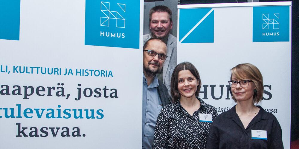 Esittelykuva tutkimusryhmästä Humanistit uudistuvassa työelämässä -hanke (ESR)