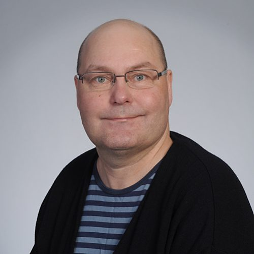 1. Carousel image of person  Ari Kuronen (ari.kuronen@uef.fi)