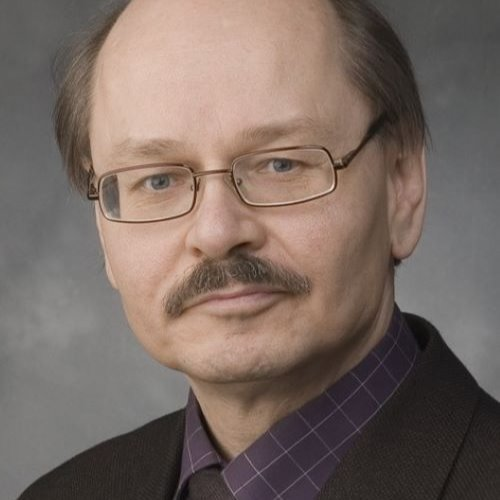 1. Carousel image of person  Juha Hämäläinen (juha.hamalainen@uef.fi)