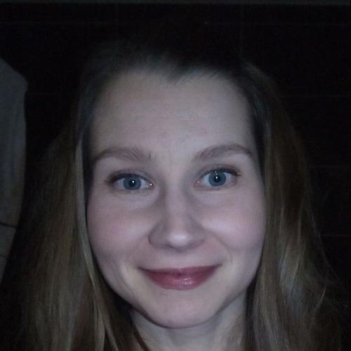 1. henkilön kuva Anneli Vauhkonen (anneli.vauhkonen@uef.fi)